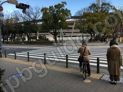 JR関内駅前の交差点