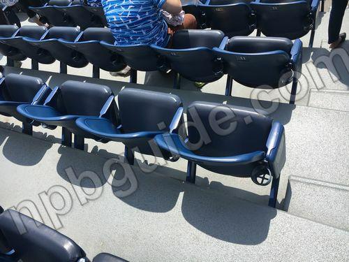 内野指定席SSの座席