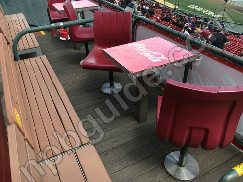 コカ・コーラボックスシート6の座席