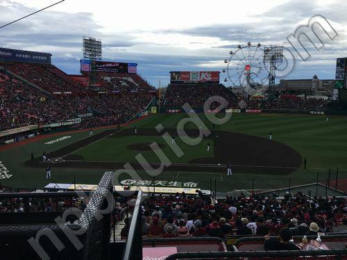 内野1塁側カウンターペアシートSからの眺め