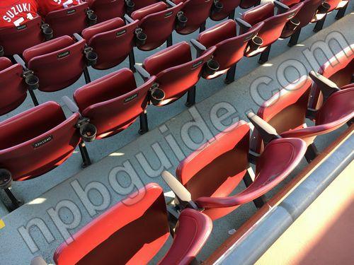 内野指定席Aの座席