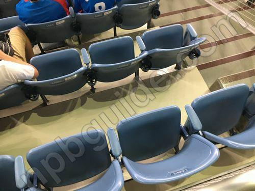 内野Aの座席