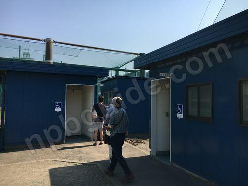 球場のトイレ